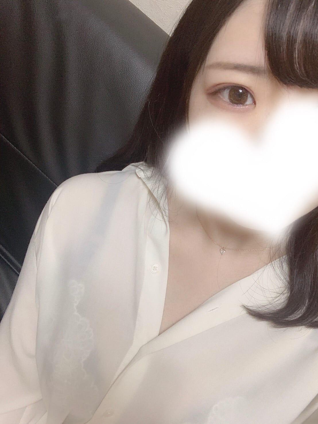 かすみちゃん【現役学生ロリカワ清楚系美少女♡】
