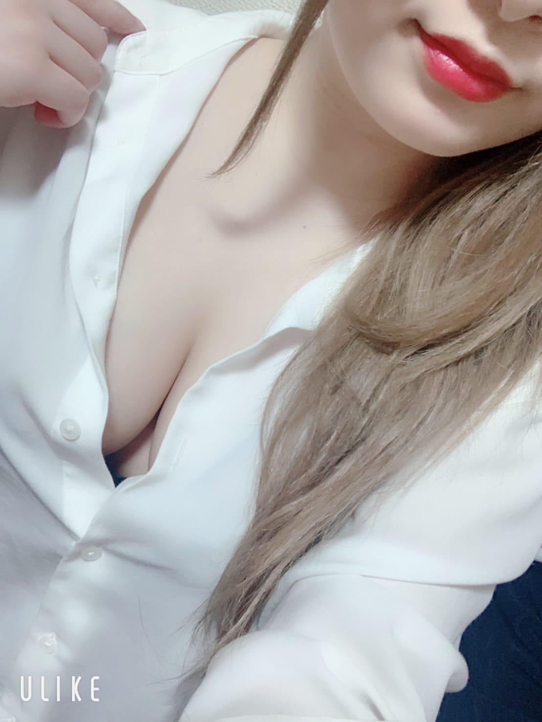 もえちゃん【未経験の純白Fカップ美少女♡】