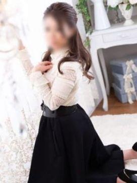 朝日奈ゆの|秘妻で評判の女の子