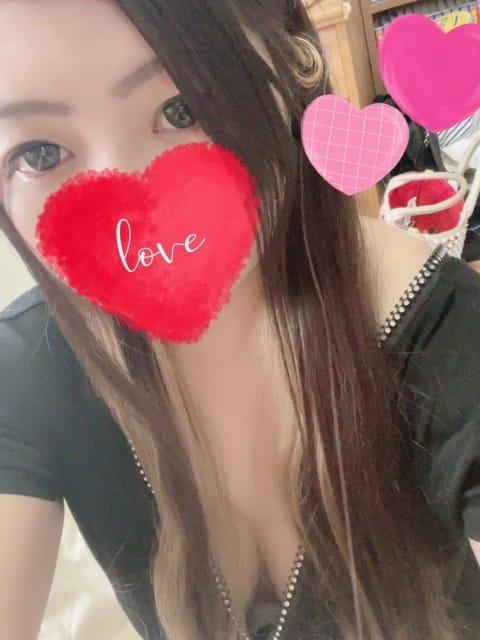 まゆな☆可愛い業界未経験パイパン【前職キャバ嬢で完全素人で美乳】