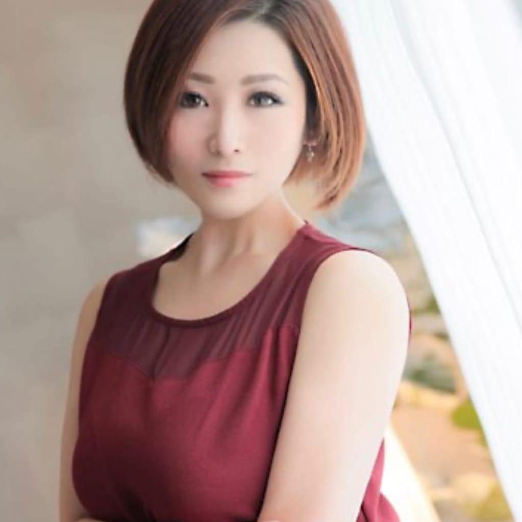 雨の日割引  人妻の痴情〜ド変態倶楽部♡80分10.000円