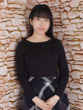 エマ 秘密のアルバイト五反田店で評判の女の子