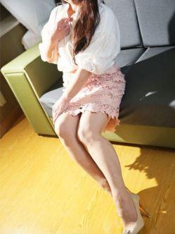 月島 美桜(みお) 濡れやすい妻(ローターで喘ぎまくる妻)でおすすめの女の子