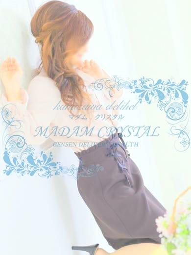 西嶋 早夜(MADAM CRYSTAL)のプロフ写真2枚目
