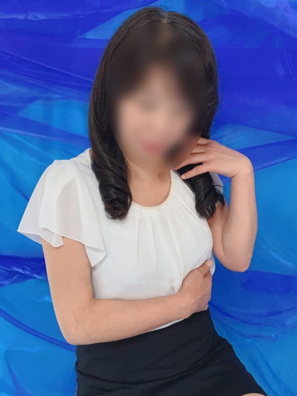 綾瀬(人妻カオス)のプロフ写真4枚目