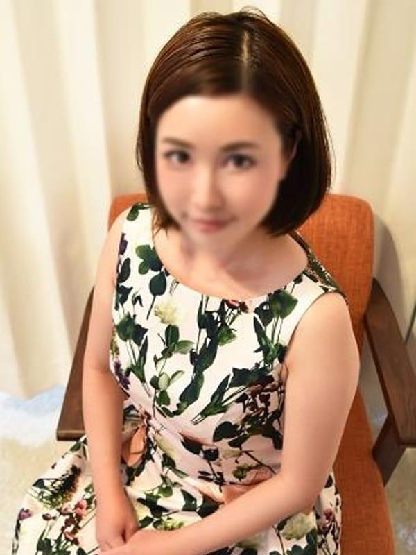 りえ(現役女子大生専門デリヘルPARADISO)のプロフ写真1枚目