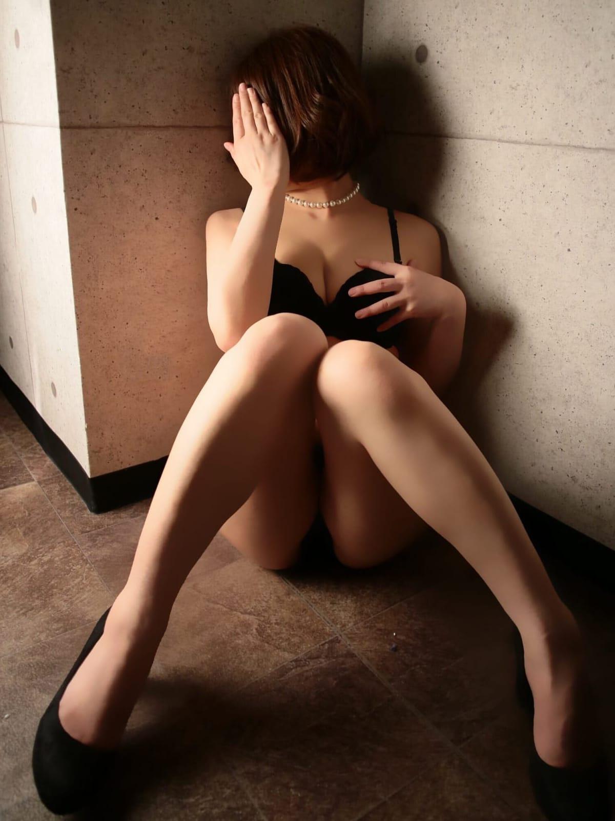大宮の妻(グイグイ熟女~いくつになっても女です~)のプロフ写真3枚目