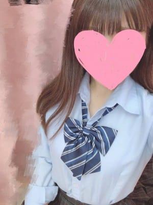 らら【ロリ系スレンダーEカップ美少女】