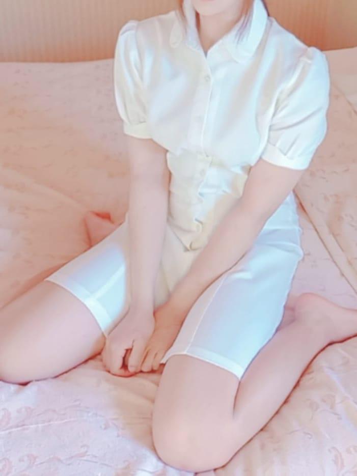 なぎ【地元の黒髪清楚SS級美少女♪】