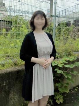 川村 人妻風俗チャンネルで評判の女の子