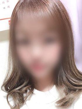 【かな】陰部がツルツル無毛らしい|福岡県風俗で今すぐ遊べる女の子