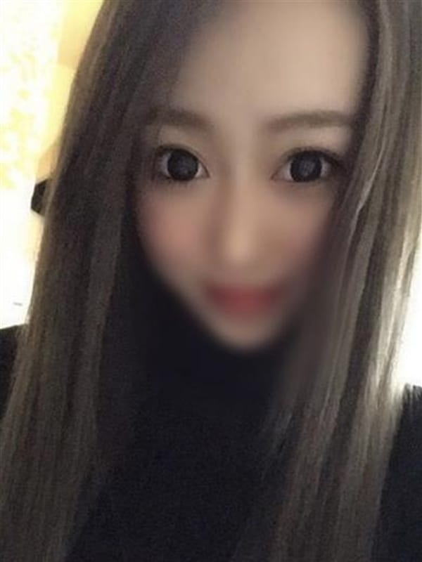 芽衣【メイ】