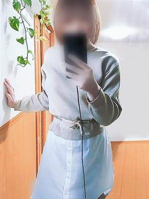 小川 まゆみ【3月9日体験】【超期待の新人!まさに空前絶後】