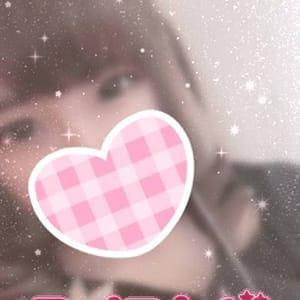 ゆみ【ハニカミ笑顔が超かわいい】