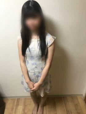 りな 福岡市・博多風俗で今すぐ遊べる女の子