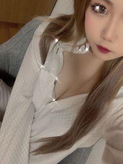 中村 乙葉|MINERVAでおすすめの女の子