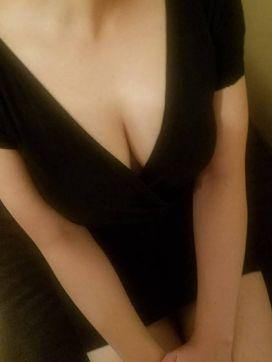 河井 まお|リラクゼーションサロン和華で評判の女の子