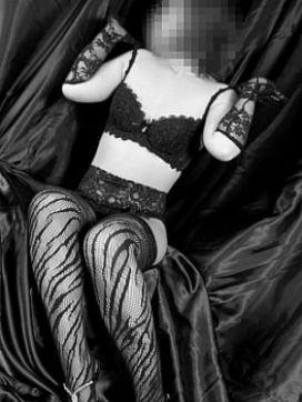 美香(Mika) 即1919で評判の女の子