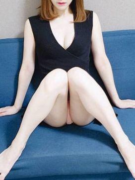 綾瀬 みおん|DAZZLEで評判の女の子