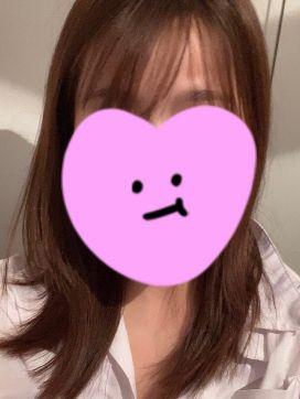 莉愛(りあ)-☆- -Private Salon- Etoile~エトワール~で評判の女の子