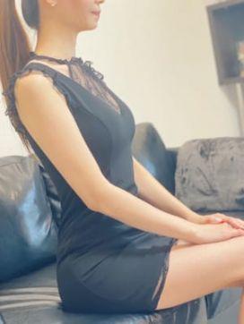 美鈴~みすず~ ミセスムーンR神戸店で評判の女の子