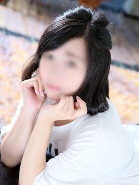 みくり|福岡市・博多風俗で今すぐ遊べる女の子