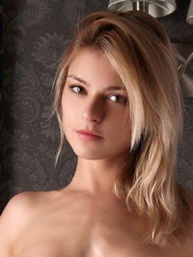 ローレル|ブロンドストーリーで評判の女の子