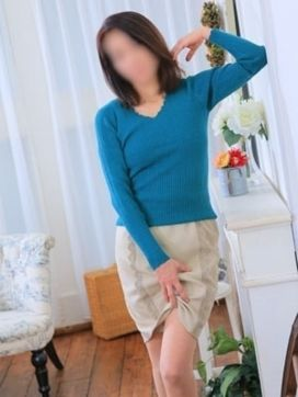 りく|大阪熟女本舗で評判の女の子