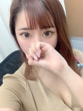 本田めい 静岡県風俗で今すぐ遊べる女の子