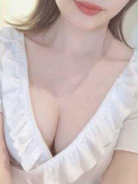 白石 なな Aroma Lukeで評判の女の子