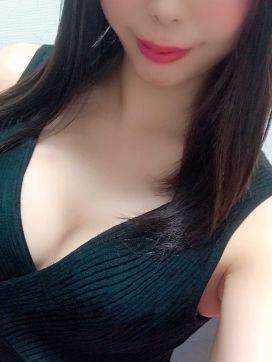 玲那|AROMA MEISTER -SHINYOKOHAMA-で評判の女の子