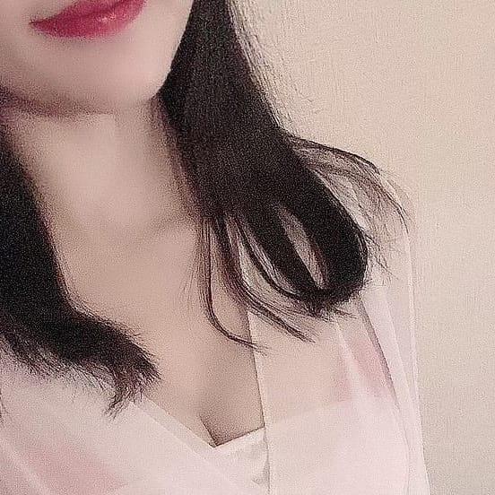 詩歩~しほ~【色白スレンダーGカップ!】