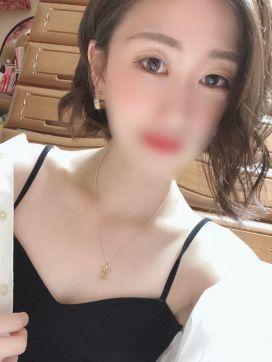 シホ|クラブ パッション難波店で評判の女の子