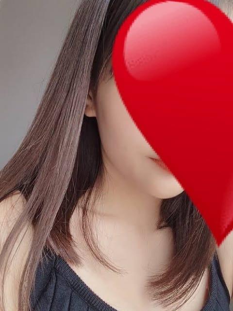 愛-あい-(AAA(トリプルエース))のプロフ写真1枚目