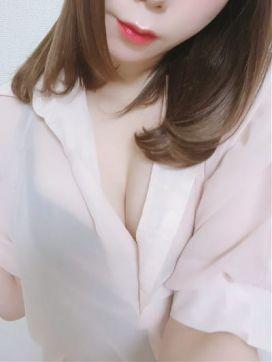 菅野 結良|EXEC -エグゼ-で評判の女の子