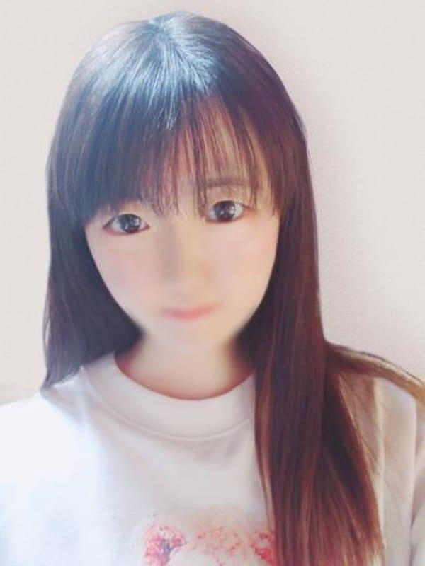 ユン【超ド素人の純情娘】