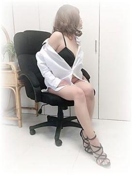 白川|官能エレナ 荻窪店で評判の女の子
