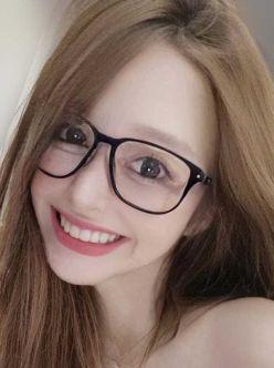 れいな|Lily Quartier~リリーカルチェでおすすめの女の子