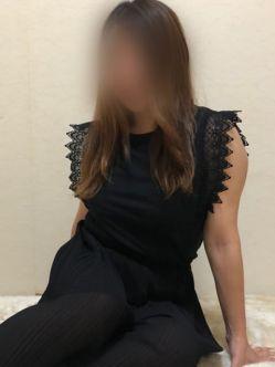 彩花さん|〇妻屋でおすすめの女の子