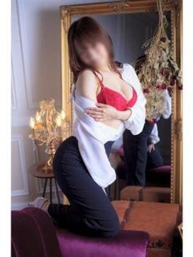 かな|クラブ上海で評判の女の子
