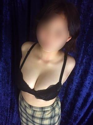 紬★体入(遊び妻 越谷店)のプロフ写真1枚目