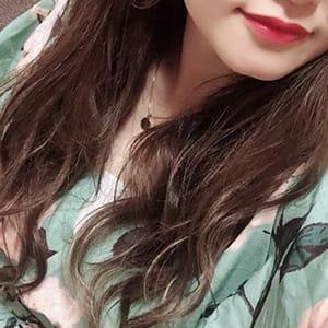 しずく【SSS級美少女が入店!!】