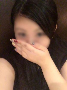 ユユ|キャンパススタイルで評判の女の子