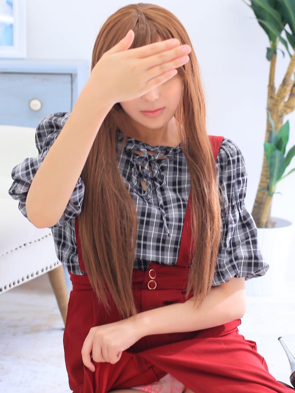 新人★千秋 惹きつける魅力♡【自らイラマチオ好むMガール】