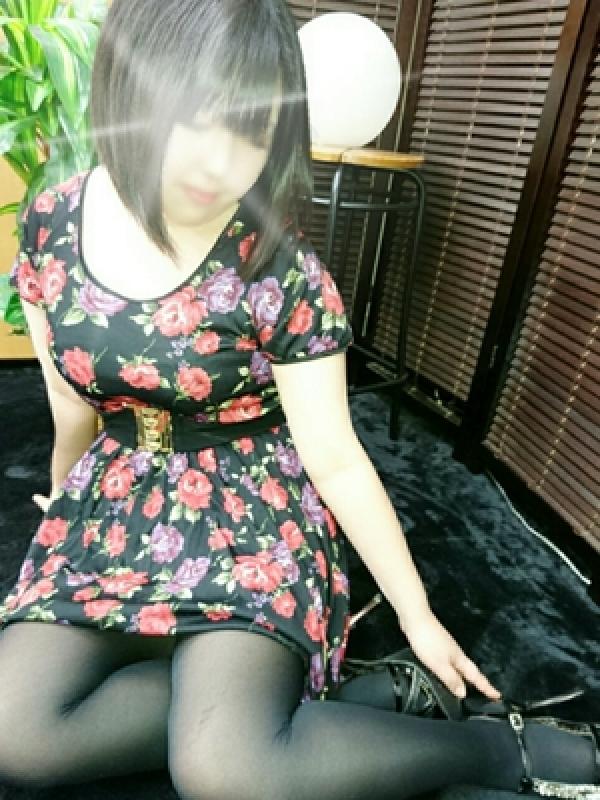 莉依(りい)