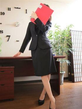 なる|岡山県風俗で今すぐ遊べる女の子