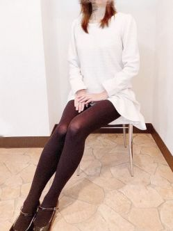 緑川いづみ|【港の奥様】横須賀 人妻デリヘルでおすすめの女の子