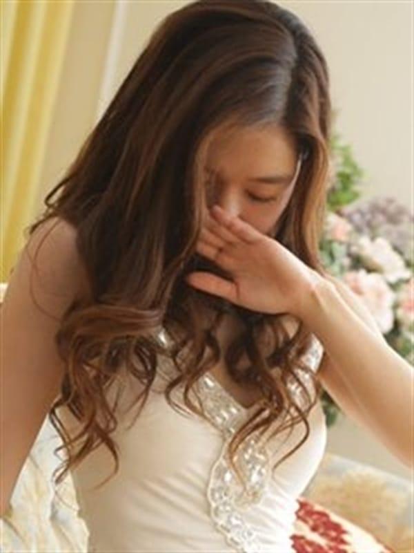 理々香~リリカ【高級感溢れる美女】