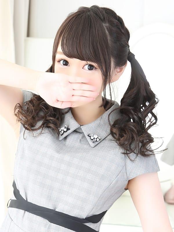 ヒナ【★ロリかわ美巨乳★】