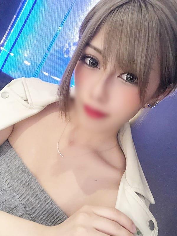 アキナ【◇潮吹き!敏感美女!◇】